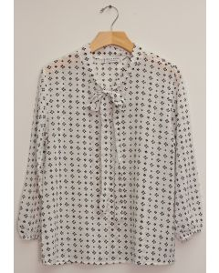 3/4 Sleeve Tie Front Printed Blouse - White