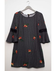 Plus Crochet Sleeve Layered Floral Midi Dress - Black