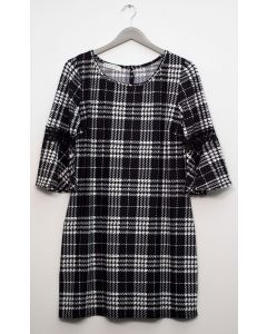 Plus Crochet Sleeve Plaid Midi Dress - Black